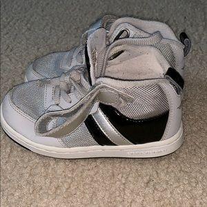 Toddler gray sneakers